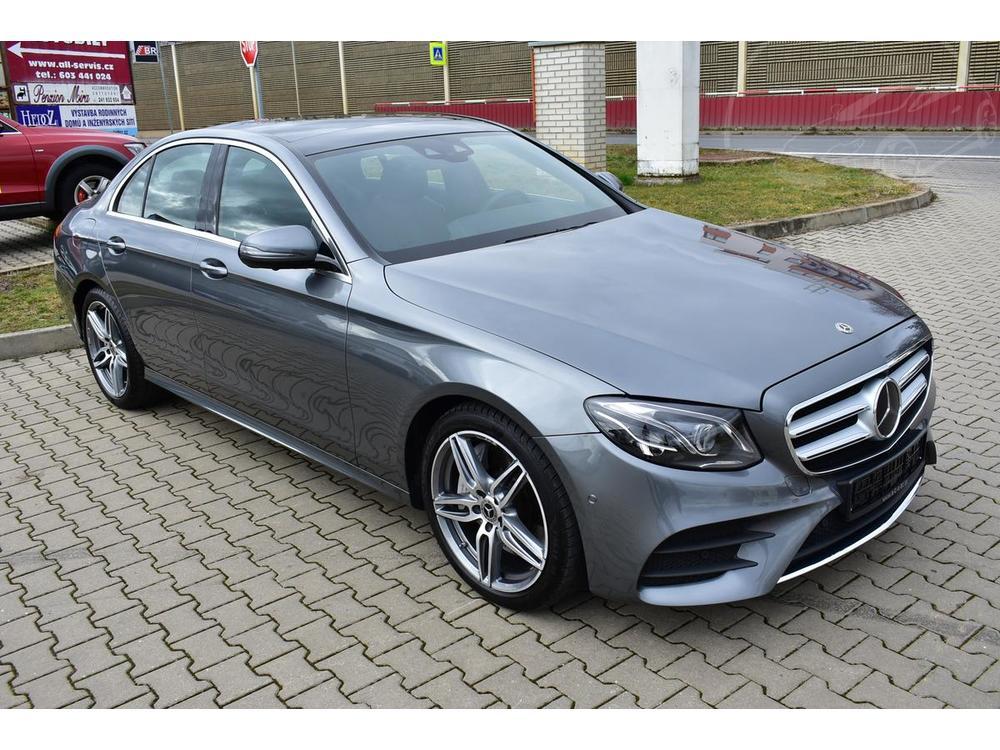 Prodám Mercedes-Benz E E400d 4M AMG,Panorama,Distroni