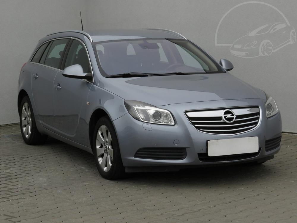 Prodám Opel Insignia 2.0 CDTi Serv.kniha, ČR