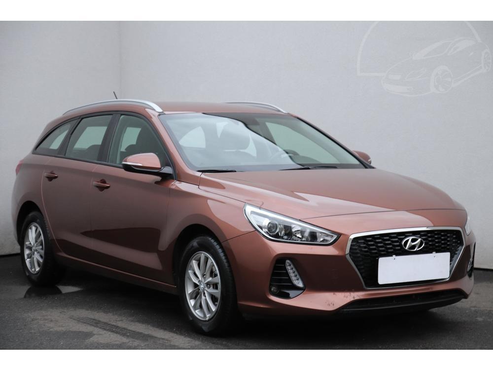 Prodám Hyundai i30 1.0 T-GDi 1.maj Serv.kniha