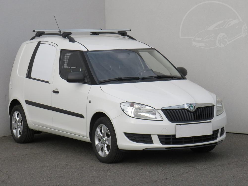 Prodám Škoda Praktik 1.2 12 V 1.maj Serv.kniha
