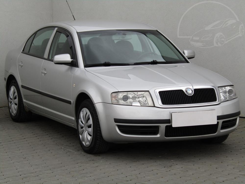 Prodám Škoda Superb 2.0 i, ČR
