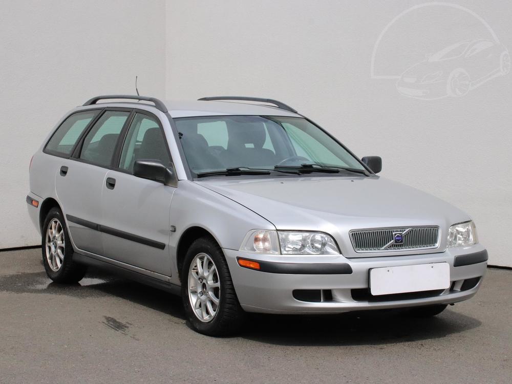 Prodám Volvo V40 1.8 i