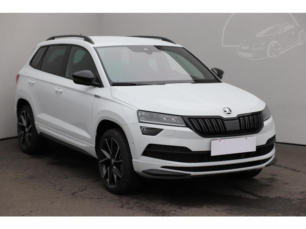 Prodám Škoda Karoq 2.0 TDi 1.maj Serv.kniha