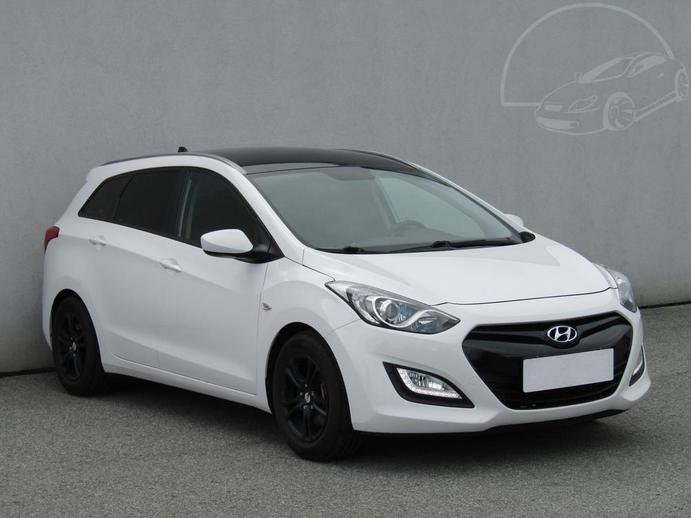 Prodám Hyundai i30 1.6 GDi Serv.kniha