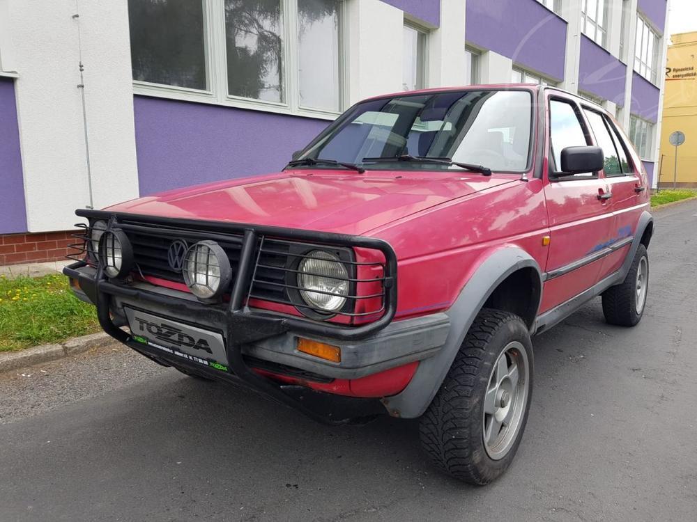 Prodám Volkswagen Golf Country 4x4 1,8i