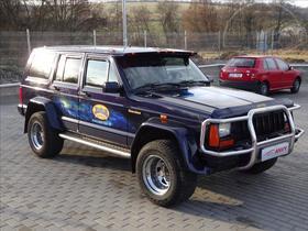 Jeep Cherokee 4,0 XJ;LPG;KŮŽE;AUTOMAT,TAŽNÉ