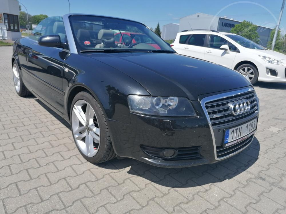 Prodám Audi A4 2,5 TDI cabrio