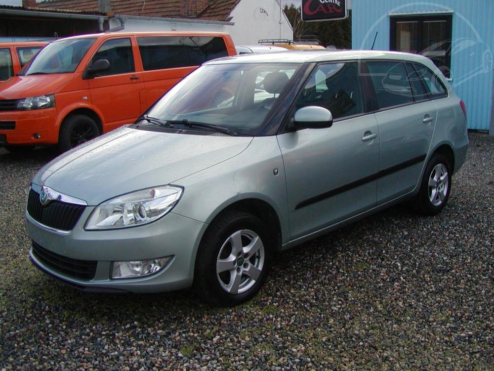 Prodám Škoda Fabia 1.6TDi,AMBIENTE,CLIMATRONIC !!