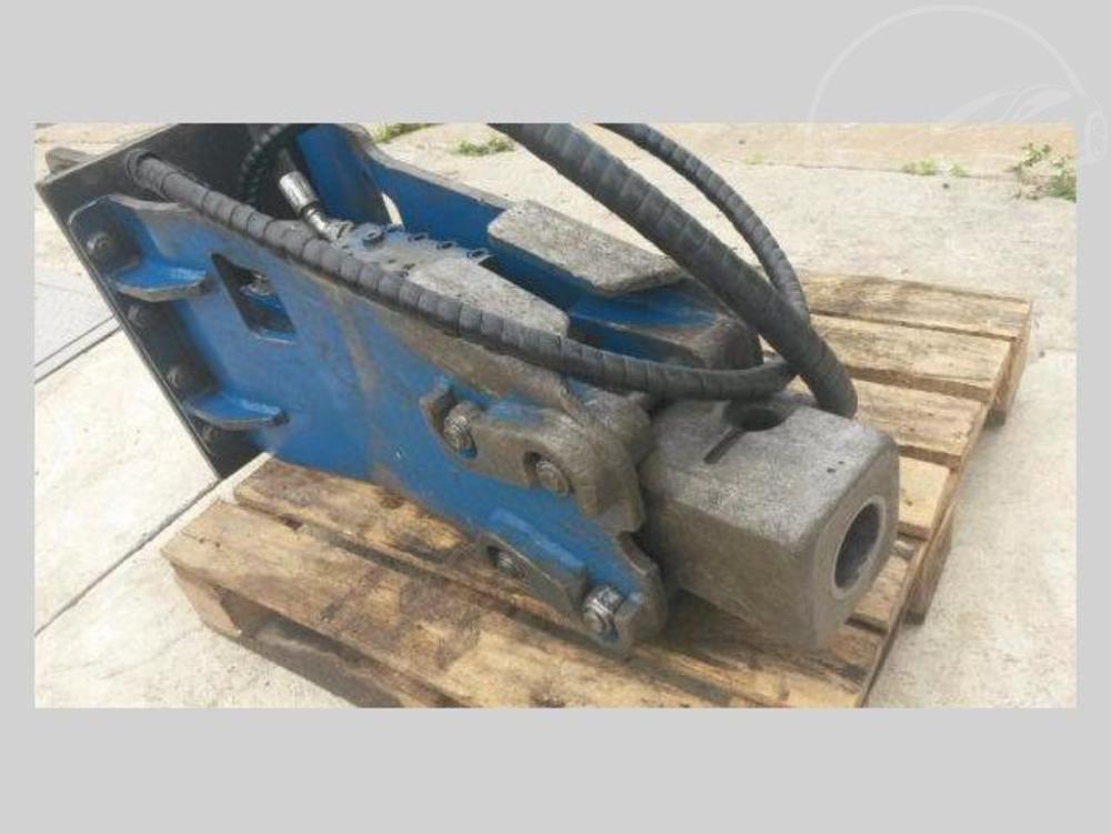Prodám Jiná kladivo 300kg na traktorbagr kladivo 300kg na tra
