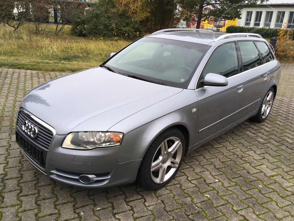 Prodám Audi A4 S-line 3.2FSI