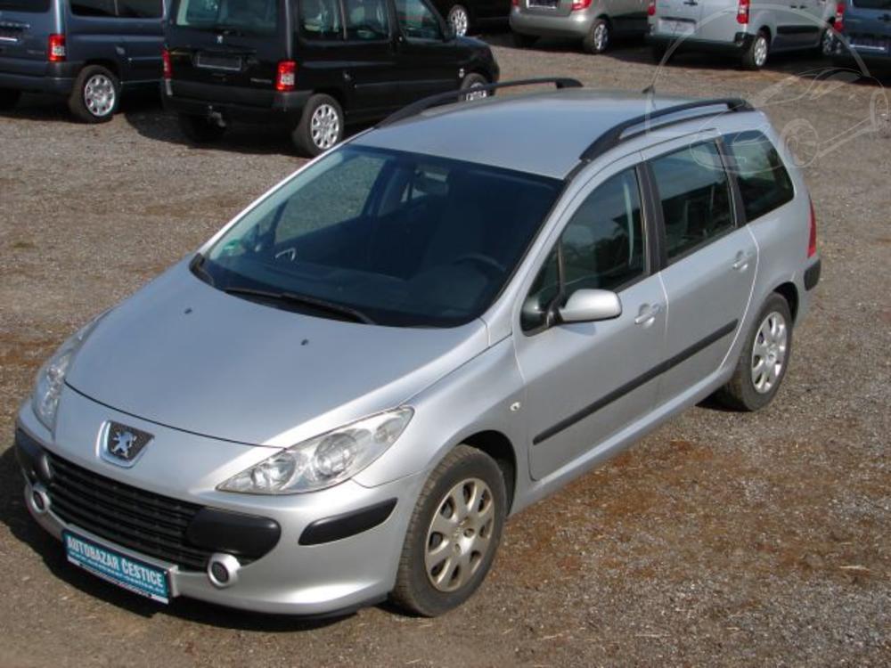 Prodám Peugeot 307 1,6 16V KLIMA SERVISKA