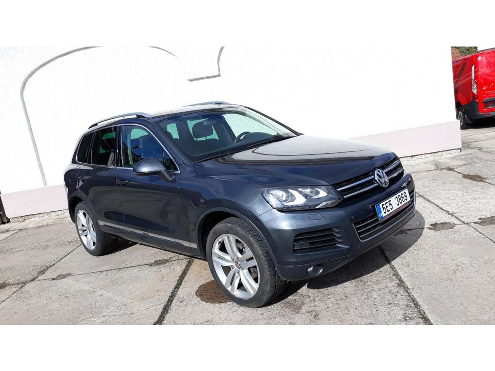 Prodám Volkswagen Touareg 3.0TDI 180KW NAVI ALU20 BIXEN
