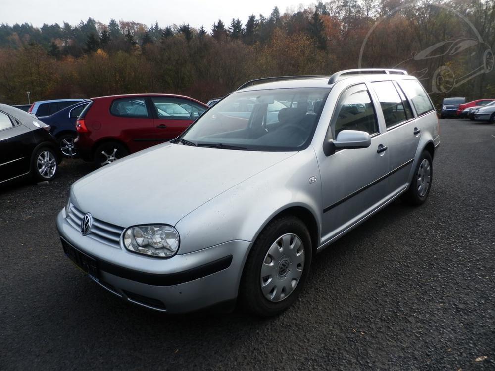 Prodám Volkswagen Golf 1,4 55KW DIGI-KLIMA