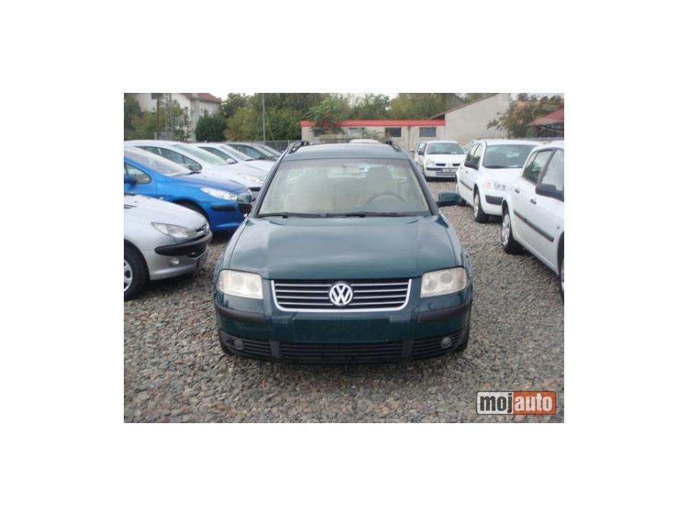 Prod�m Volkswagen Passat 1.9 TDI