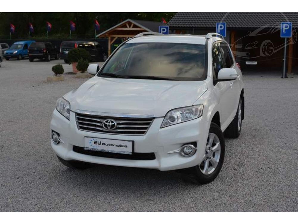 Prodám Toyota RAV4 2.2 D-4D 4x4 Life ZÁRUKA 1 ROK