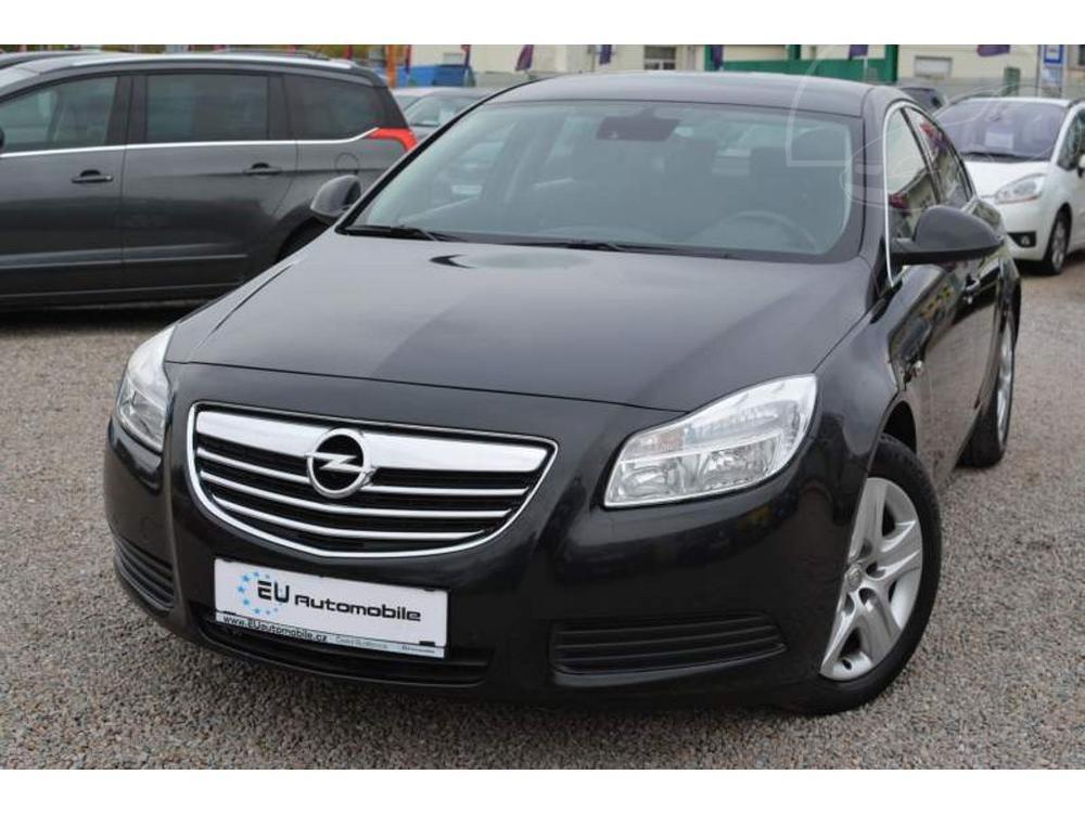 Prod�m Opel Insignia 2.0 CD TI Z�RUKA 1 ROK