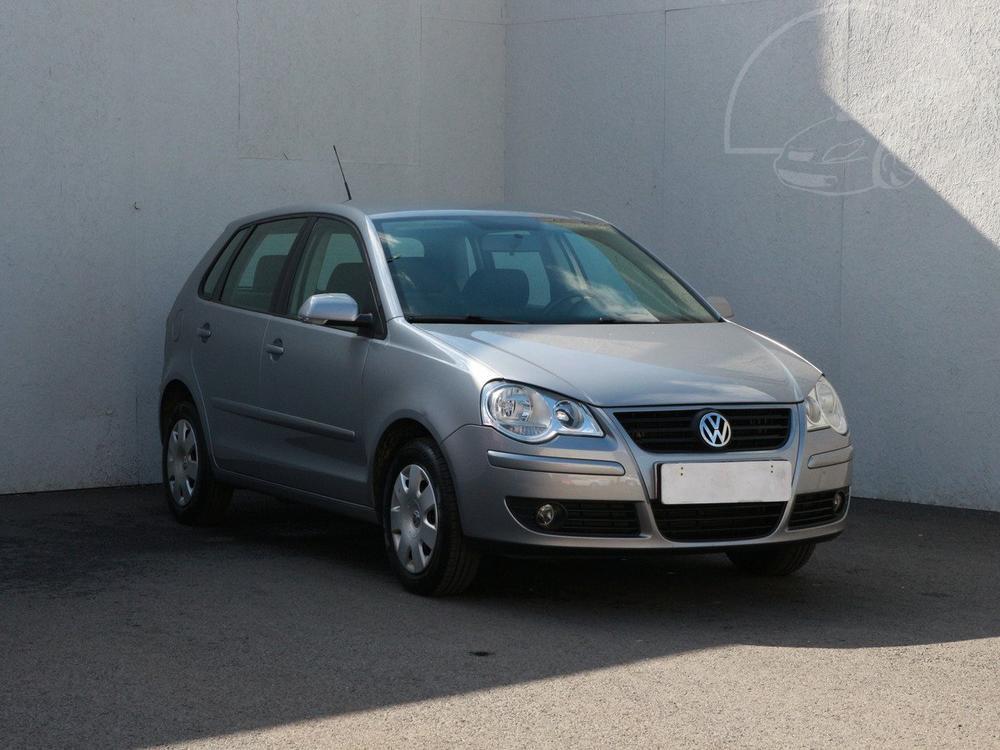 Prod�m Volkswagen Polo 1.2 Serv.kniha