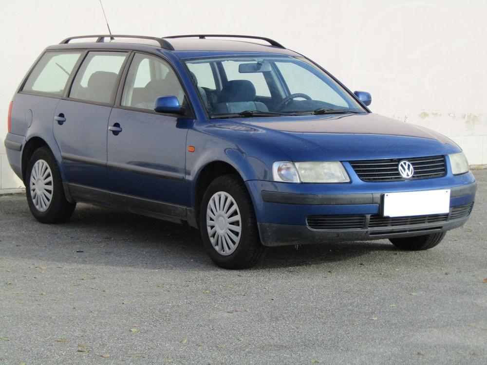 Prodám Volkswagen Passat 1.6