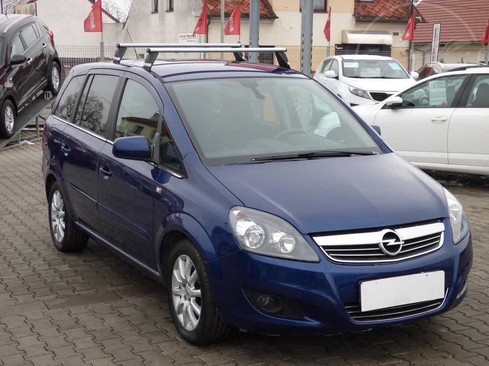 Prodám Opel Zafira 1.7 CDTi 1.maj,Serv.kniha,ČR