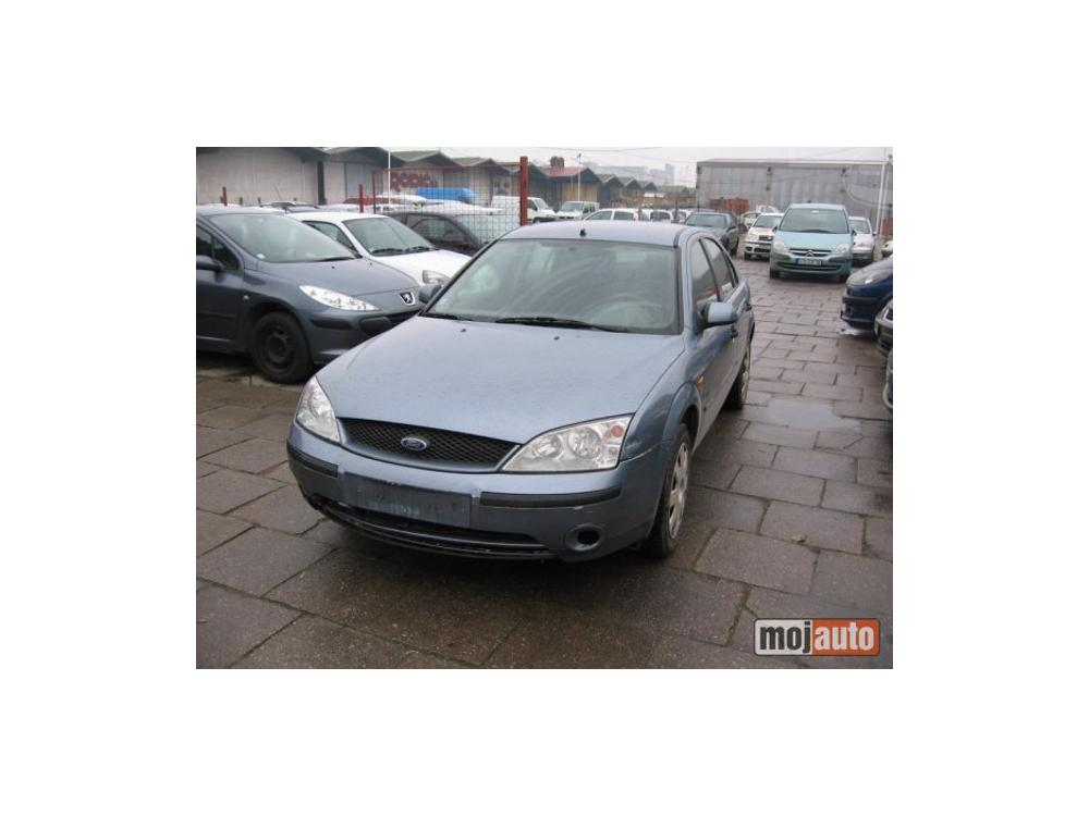 Prod�m Ford Mondeo 1.8 i