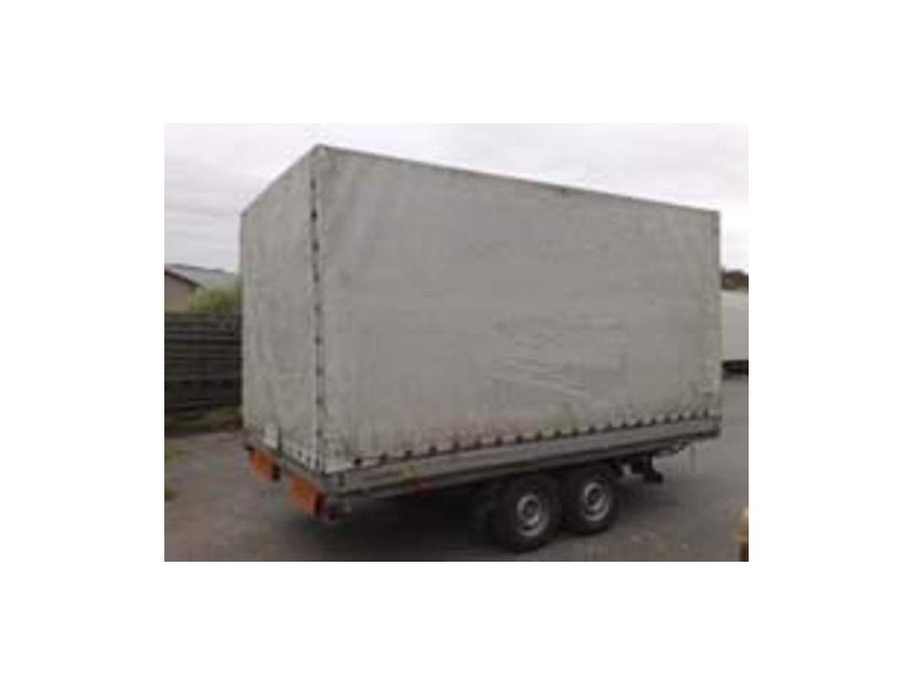 Prod�m Agados plachta 2,8 ton