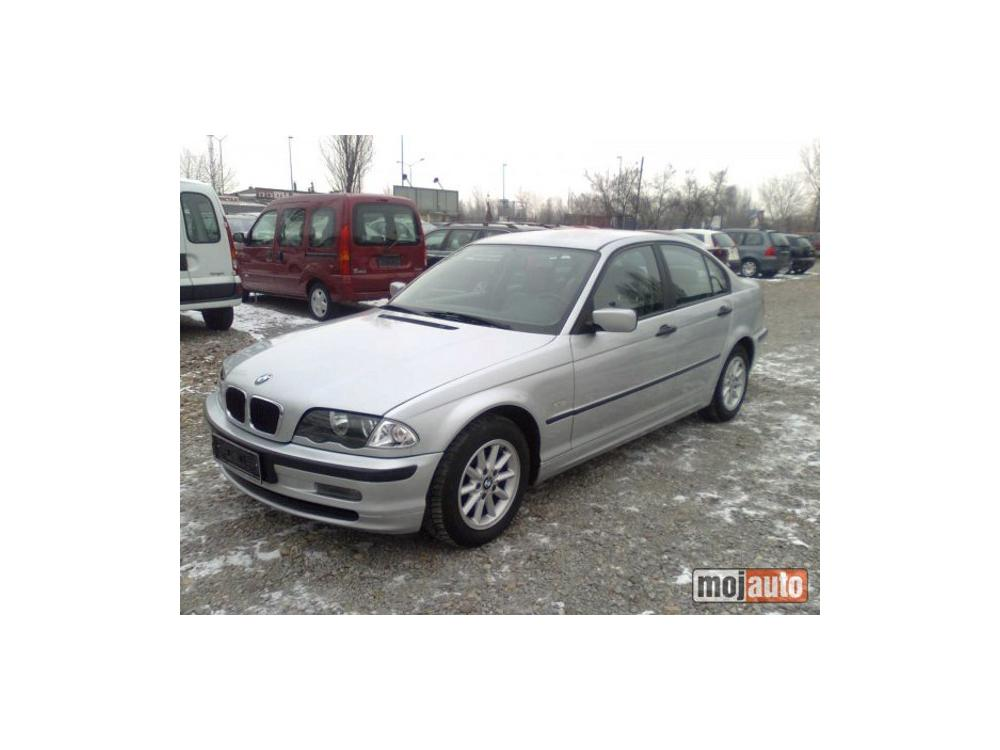 Prod�m BMW 320 320d