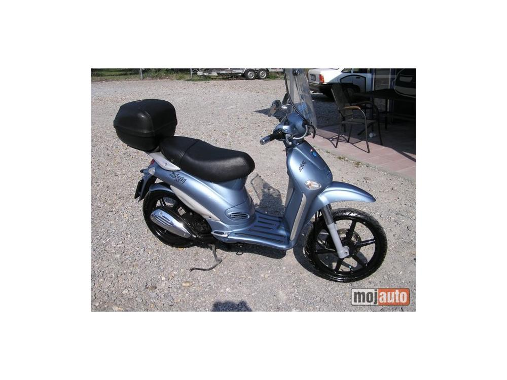 Prodám Piaggio Liberty 125