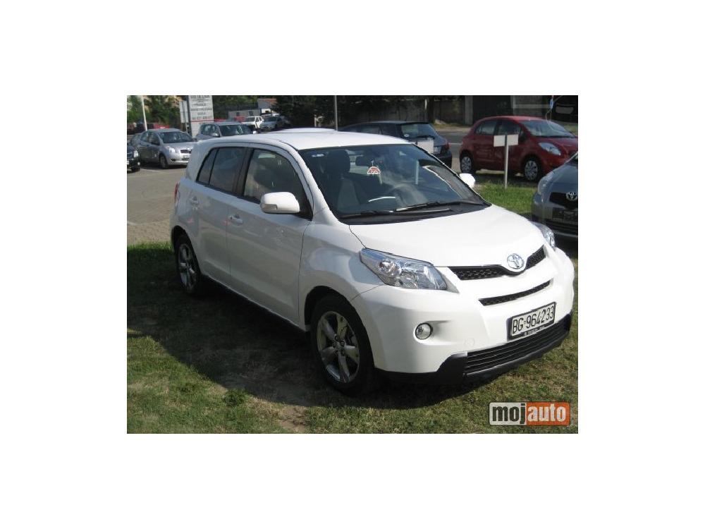 Prodám Toyota Urban Cruiser 1.33 VVT-i EXE