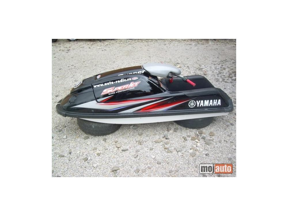 Prodám Yamaha Superjet 700