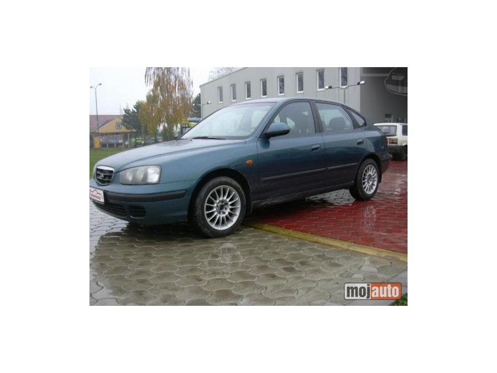 Prod�m Hyundai Elantra