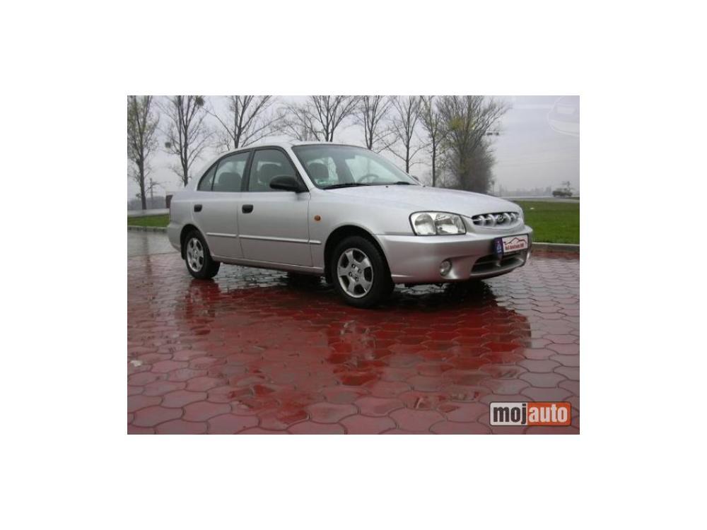 Prod�m Hyundai Accent