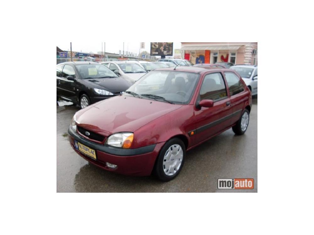 Prodám Ford Fiesta 404 1.3 LIGHT