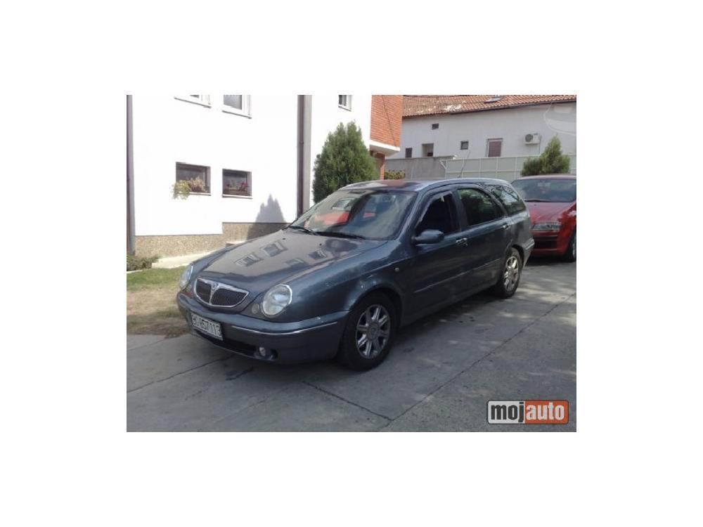 Prodám Lancia Lybra 1.9 jtd